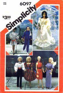 Simplicity 6097 Sewing Pattern Doll Wardrobe   Barbie