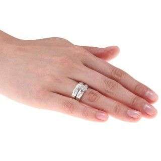Sterling Silver 1/8ct TDW Diamond 3 piece His and Hers Bridal Ring Set