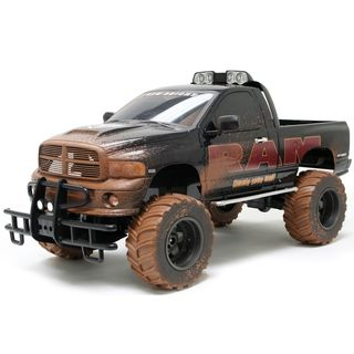 GIGANTIC Dodge Ram Mudslinger Monster Truck 16 Scale