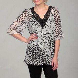 Sienna Rose Womens Floral Crochet V neck Top