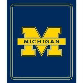 Wolverines NCAA Classic Fleece Blanket LCC 171 23: Sports & Outdoors