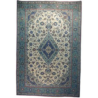 Persian Isfahan Hand knotted Ivory Rug (97 x 144)