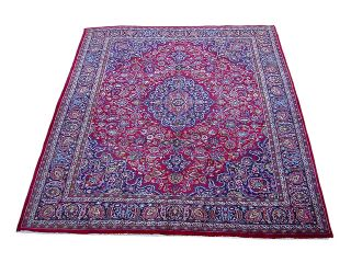 Iranian Mashad Hand knotted Red/Navy Rug (97 x 122)