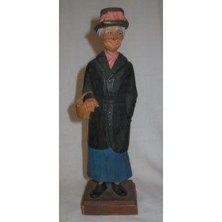 Handcarved Rose Elderly Lady by Hannah Gerald Pat Hannah Collectible