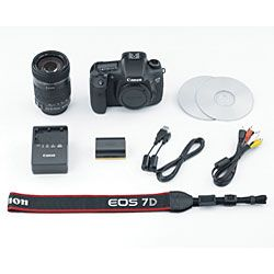 Canon EOS 7D EF S 18MP Digital SLR Camera with 18 135mm IS Lens