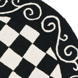 Hand hooked Diamond Black/ Ivory Wool Rug (4 Round)
