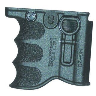 20 Vertical Grip Magazine Holder for .223 / / M16: Sports & Outdoors