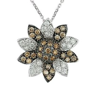 14k White Gold 1ct TW Fancy Diamond Flower Pendant