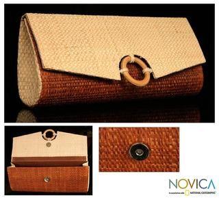 Handcrafted Buriti Palm Jussara Clutch Handbag (Brazil)