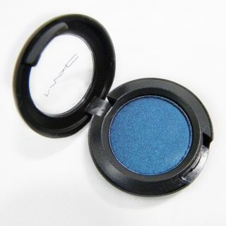 MAC Flashtrack Eye Shadow (Unboxed) Today $10.99 5.0 (1 reviews)