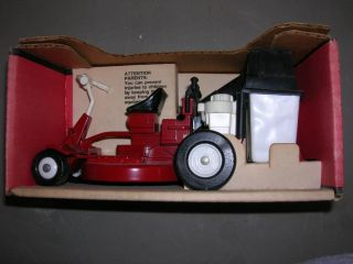 Vintage Ertl Snapper Rear Engine Riding Mower in Box 1 12 Made in USA